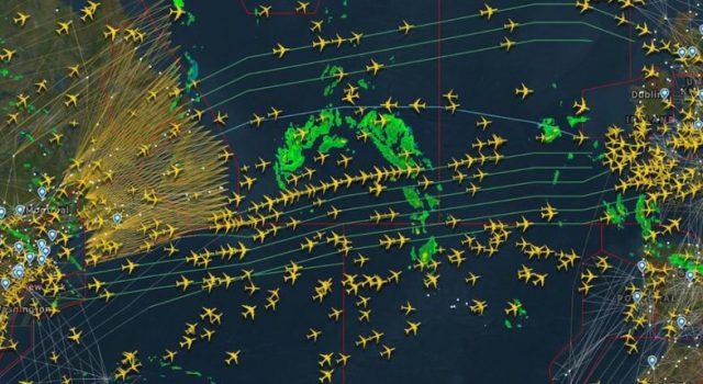 Отслеживание местонахождения самолета в реальном времени